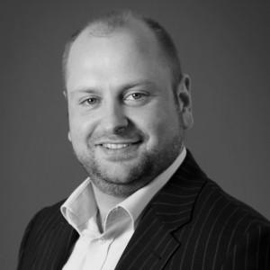 Dr. Andreas Veres - PCG